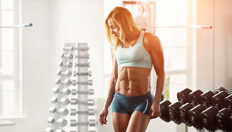 Bodybuilding kvindelig bodybuilder in