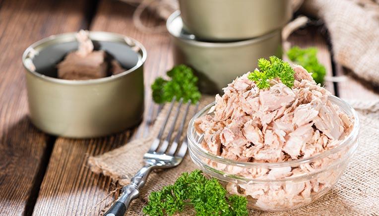 Spiser du meget tun? Sådan undgår du tungmetaller.